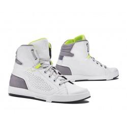 Zapatillas urban FORMA SWIFT FLOW Blanco gris