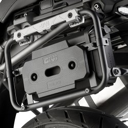 Kit anclaje universal para GIVI S250